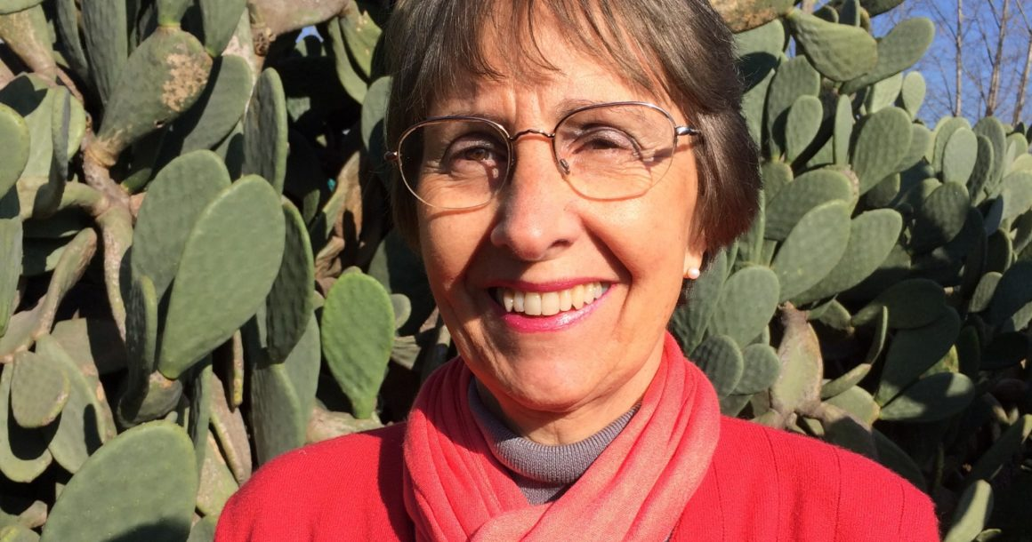 Prof. Carmen Saenz